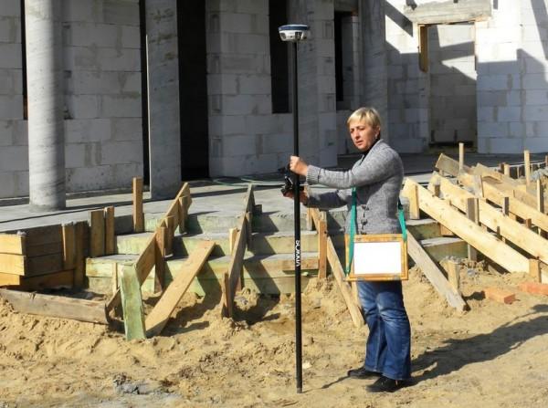 Geolog na placu budowy domu